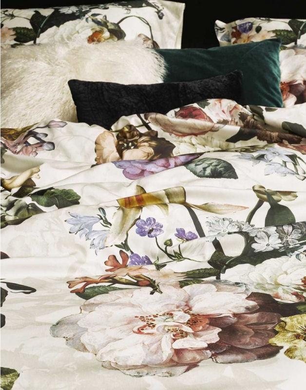 Mega Sengetøj 200x220 cm : Luksus Dobbelt sengetøj fra ESSENZA - FLEUR SV58